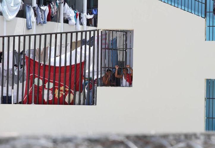 Más de la mitad de los reclusos de la cárcel de Playa del Carmen tienen menos de 30 años. (Adrián Barreto/SIPSE)
