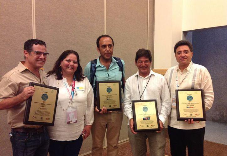 Prestadores de servicios turísticos de Quintana Roo recibieron reconocimientos. (Alejandro García/SIPSE)