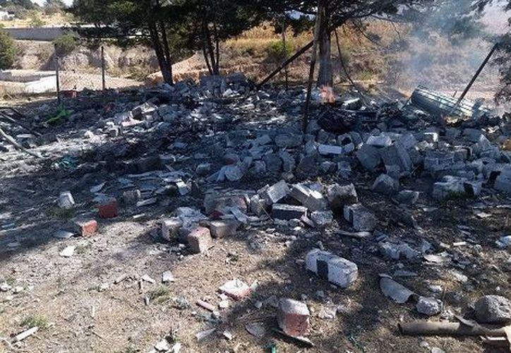Ocurrió una explosión de un polvorín en la comunidad Loma San Ángel. (Especial)