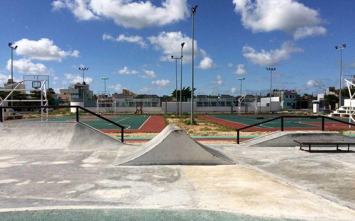 Aunque el PDU del municipio de Solidaridad ordena la construcción de parques, los desarrolladores de vivienda ignoran este mandato. (Adrián Barreto/SIPSE)