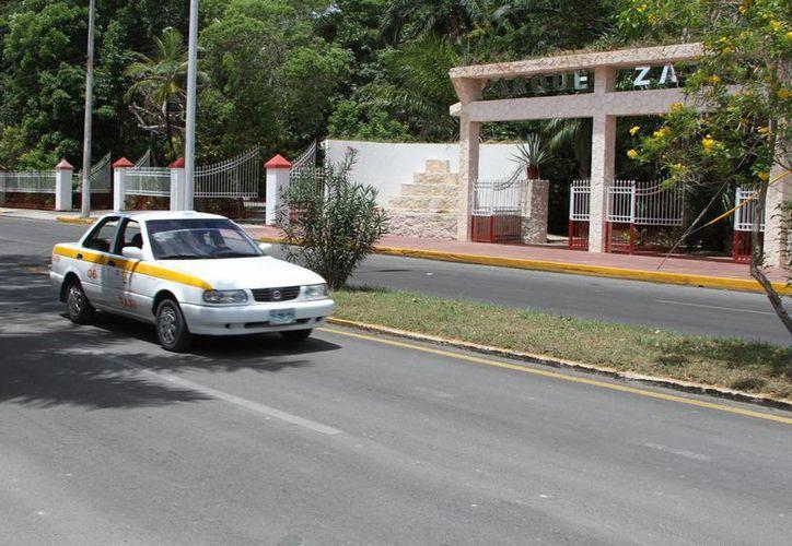 El sindicato de taxistas ya está en pláticas con el municipio y el Gobierno del Estado para lograr su cometido. (Claudia Martín/SIPSE)