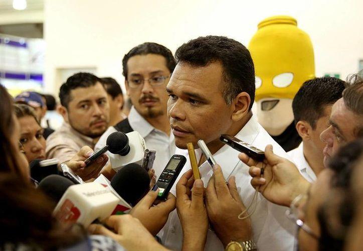Zapata Bello puntualizó que la disposición del Gobierno, mediante la SEE, ha sido de carácter permanente. (Milenio Novedades)
