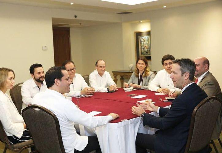 En el marco de la US-México CEO Dialogue, el gobernador se reunió con Ryan Brennan, CEO de la OPIC. (Foto: redes sociales)