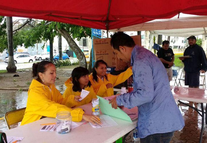 El programa Reciclatón se realizó ayer en los 13 puntos de acopio. (Adrián Barreto/SIPSE)