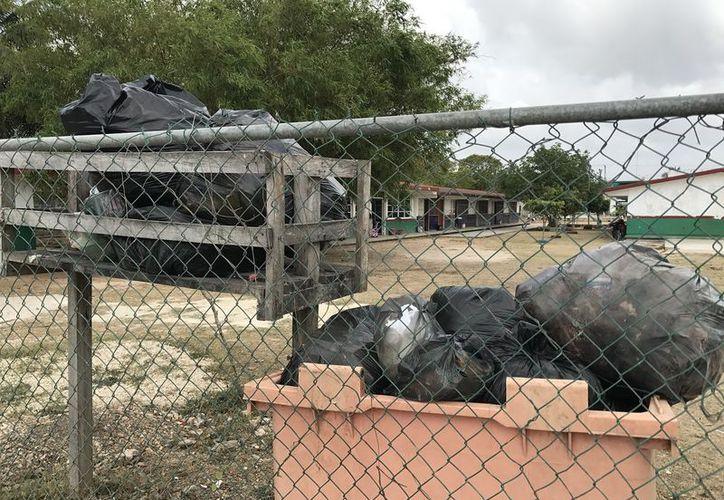 El primer cuadro de la ciudad, por donde transitan los turistas, se encuentran libre de bultos de basura.