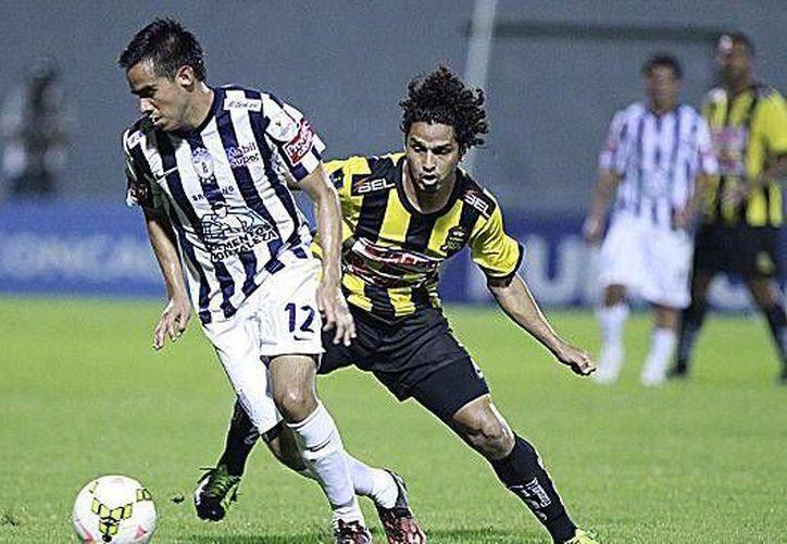 Pachuca terminó con nueve puntos la fase de grupos de Concachampions tras perder ante Real España en Honduras. (mexsports.com)