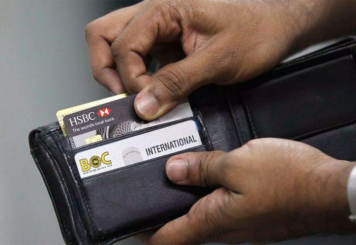 """La Condusef hizo un llamado para evitar compras """"hormiga"""" durante los viajes. (Foto: Forbes)"""