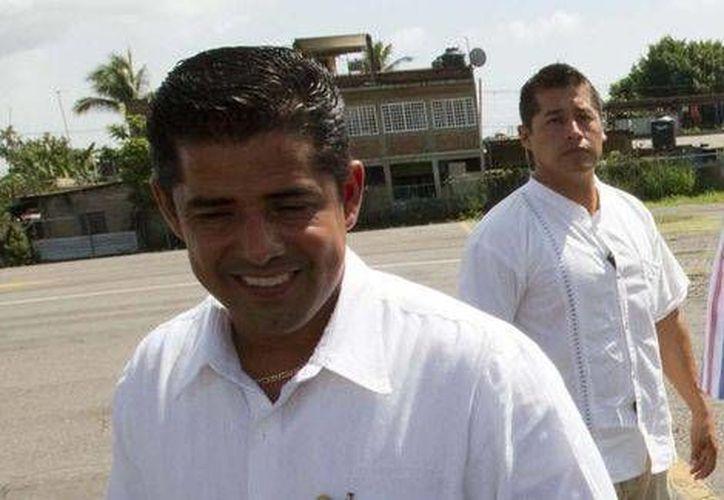 El alcalde Alquímides Oseguera enfrenta acusaciones de secuestro contra un joven que continúa desaparecido. (Milenio)