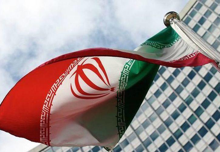 Este miércoles Irán realizó una prueba con un misil balístico de alcance medio y subrayó que el lanzamiento no contradice el Plan de Acción Integral Conjunto (PAIC) ni tampoco la resolución 2231 del Consejo de Seguridad de la ONU. Imagen de contexto de la bandera de Irán. (Agencias/Archivo)