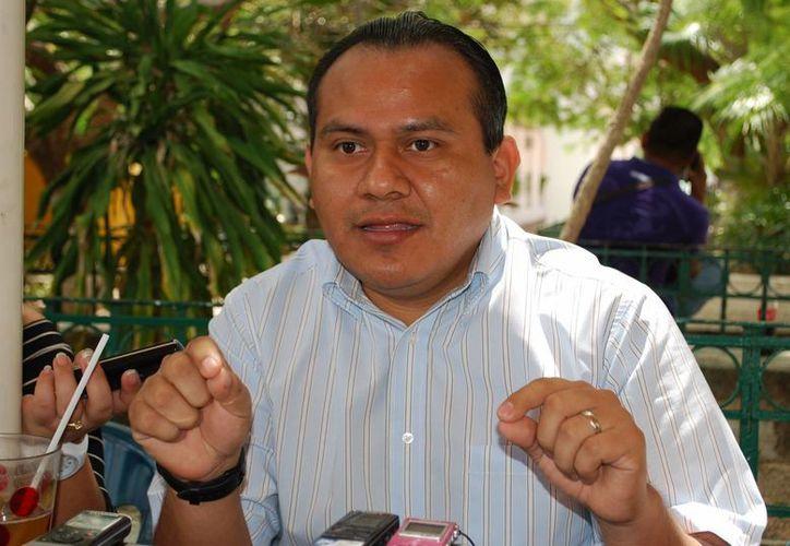 Baltazar  Tuyub dijo quesin ser candidato recorrerá las calles para llevar su mensaje. (Tomás Álvarez/SIPSE)