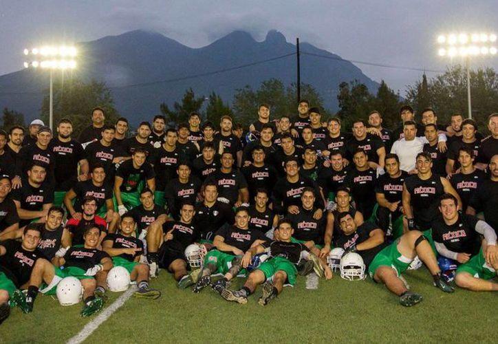 México inició de manera exitosa la búsqueda del bicampeonato en el World University Championship of American Football. (Facebook/ WUCAmFootball2016)