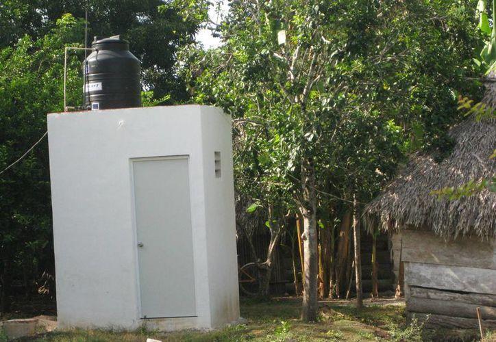 Habitantes contraen enfermedades gastrointestinales. (Javier Ortiz/SIPSE)