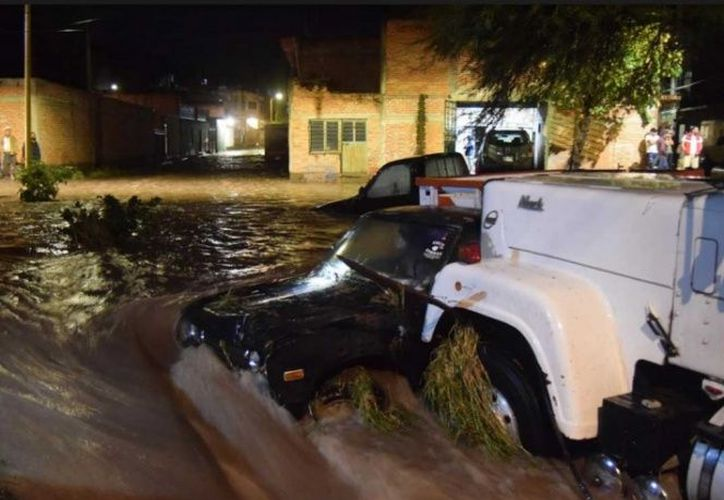Tromba en Aguascalientes deja severas afectaciones. (Foto: Karla Méndez)