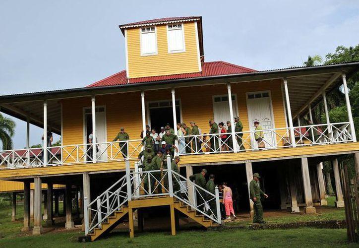 Fotografía de la casa de familia de Birán, la hacienda donde nacieron Fidel y Raúl Castro, en la provincia de Holguín, Cuba. (EFE)