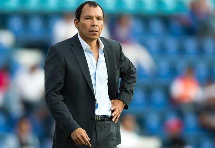El 'profe' Cruz fue anunciado como el nuevo timonel de los Dorados de Sinaloa en el Clausura 2016. (Archivo Mexsport)