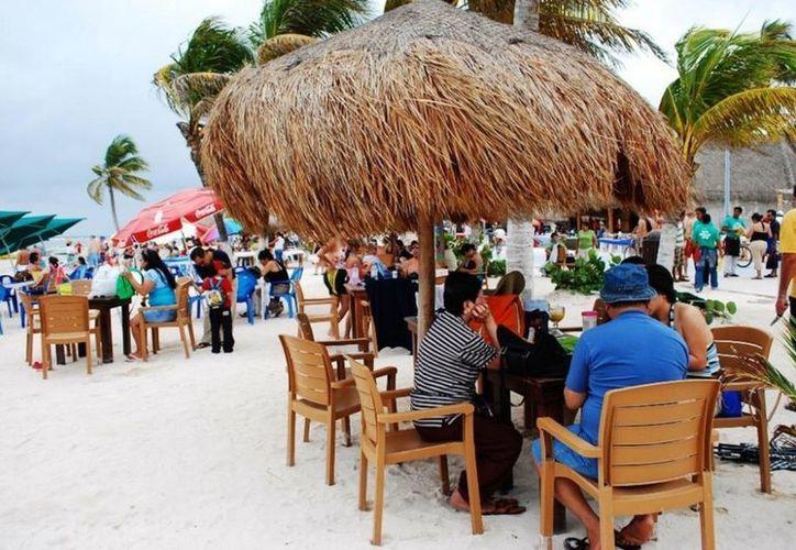 """Majahual ya espera la inauguración del Festival de Dos Culturas """"Cruzando Fronteras. (Redacción/SIPSE)"""