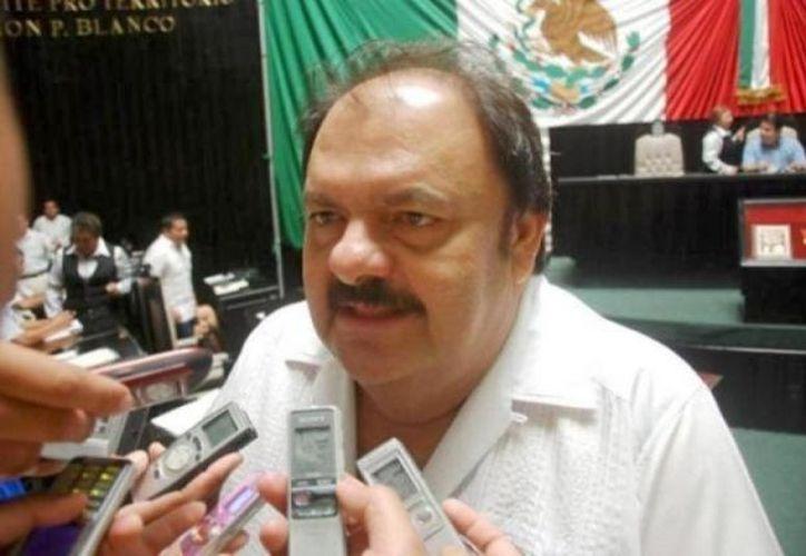 Eduardo Espinosa Abuxapqui, presidente de la Gran Comisión, descarta que las candidaturas independientes estén fuera de ley. (Redacción/SIPSE)