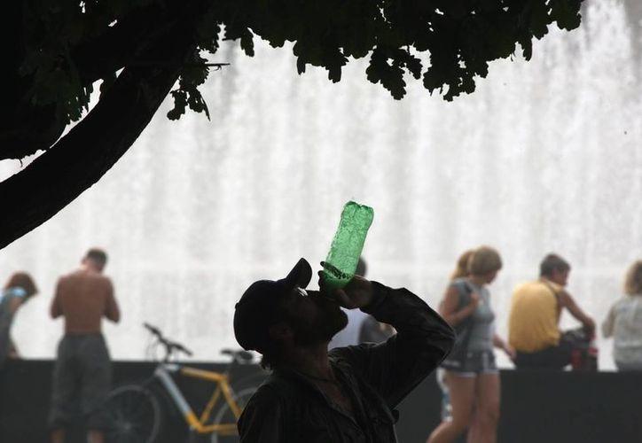 La ley pretendía prohibir las bebidas con altos niveles de azúcar y de más de 16 onzas (0,464 litros) en los comercios regulados por el Departamento de Salud de la ciudad de Nueva York.  (Archivo/EFE)