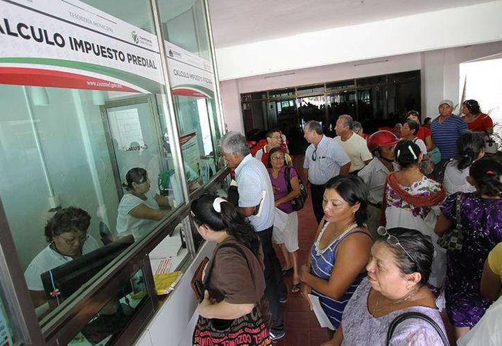 Los cozumeleños cumplen oportunamente con su pago de impuestos. (Cortesía/SIPSE)