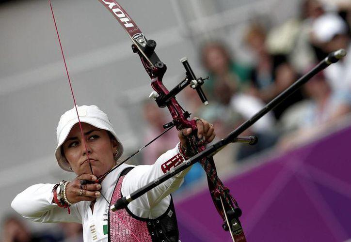 Aida Román durante su actuación en los pasados Juegos Olímpicos de Londres. (Archivo/Agencias)