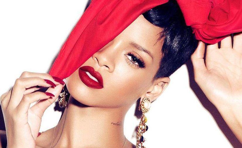Varios seguidores que acudieron al concierto en Birmingham se quejaron en Twitter de la falta de profesionalismo de Rihanna. (@rihanna)