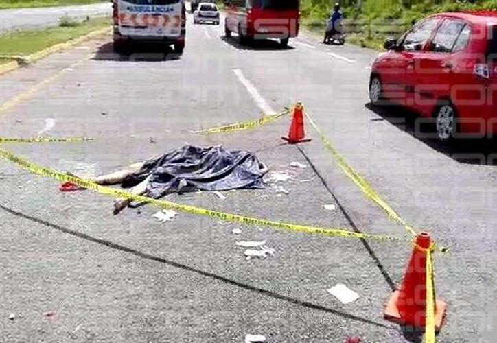 Una mujer perdió la vida en el lugar. (Rodrigo Garibay/ SIPSE)