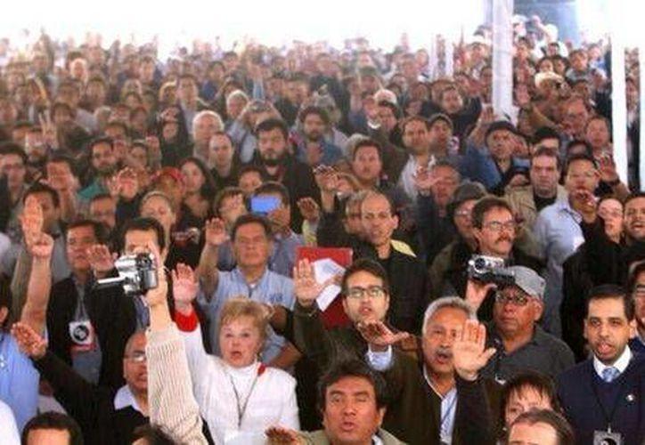 El líder del movimiento Congreso Popular invitó a Cárdenas y AMLO a sumarse a la causa. (Milenio)