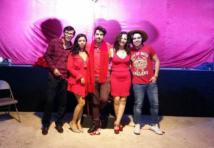 Los organizadores invitan a disfrutar de una velada bohemia. (Faride Cetina/SIPSE)