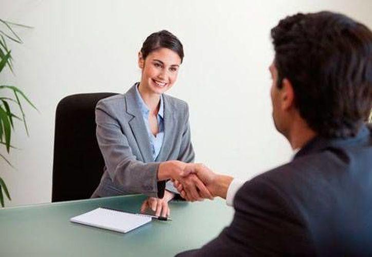 Ser honesto en una entrevista de trabajo, es una de las recomendaciones. (Redacción/SIPSE)