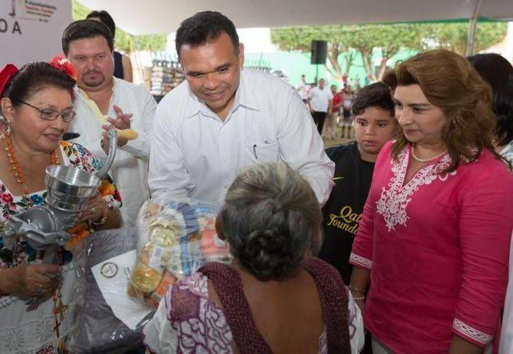 El gobernador Rolando Zapata estará este jueves en la Facultad de Economía de la UADY. (SIPSE)
