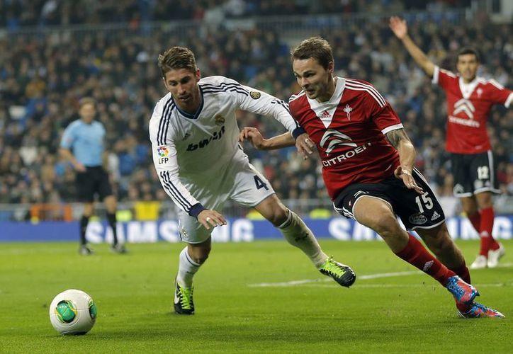 Ramos llamó 'sinvergüenza' al silbante. (Foto: Agencias)