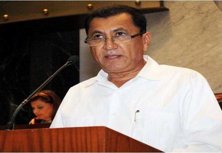 No se dio a conocer cuánto se pagó por el rescate del padre del funcionario (en la foto) Elí Camacho. (www.despertardelsur.com)