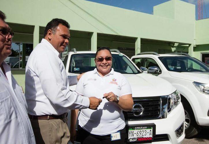 El gobernador Rolando Zapata estará presente en la Feria del Empleo para Jóvenes que se realizará este martes. (Foto de contexto es cortesía del Gobierno)