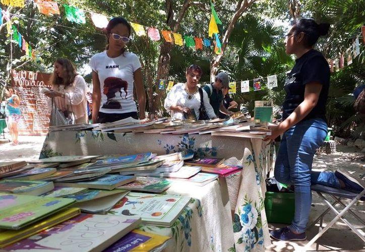 """""""Siembran libros"""" en diferentes puntos de Playa del Carmen - Sipse.com"""
