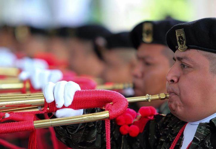 Seis estados de la República participan en el tercer Concurso Nacional de Bandas de Guerra. (SIPSE)