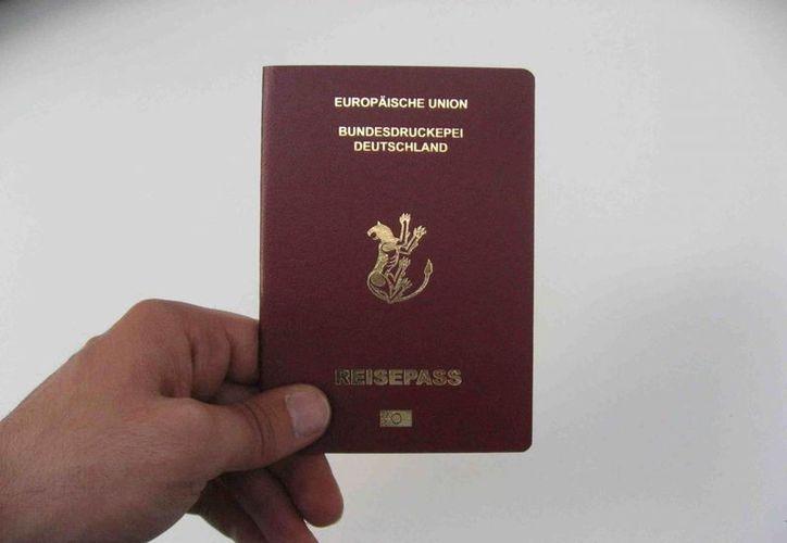 Alemania es uno de los países que, junto con otras 37 naciones, no requiere visa para entrar a EU. Ahora los ciudadanos alemanes serán sujetos a una revisión especial aprobada este martes por el Congreso. (ahmetogut.com)