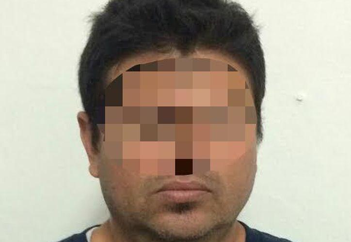 El detenido ya fue trasladado vía aérea a dicha entidad federativa para que enfrente su proceso legal. (Foto: Cortesía)