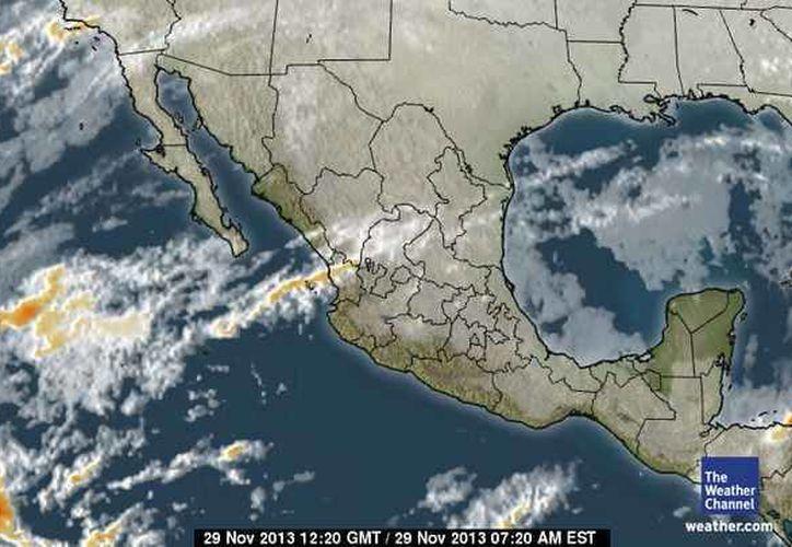 El ingreso de aire marítimo tropical del Golfo de México y mar Caribe, continúa generando nublados en la Península de Yucatán. (espanol.weather.com)