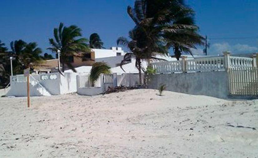 Profepa clausura obras en El Playón: removieron vegetación de la duna costera, sin autorización que otorga la Semarnat. (Cortesía)