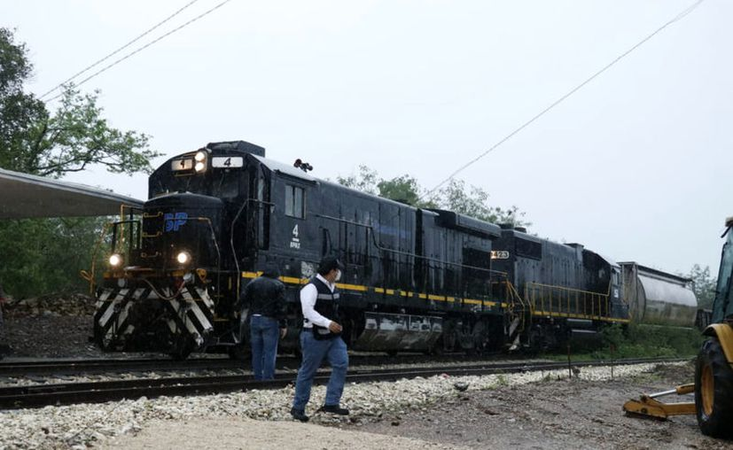 Las obras del nuevo ferrocarril que recorrerá el sureste avanzan a buen ritmo. (Novedades Yucatán)