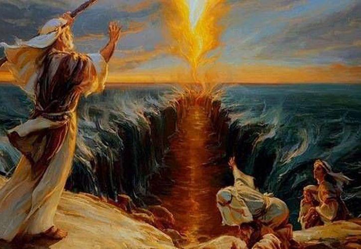La separación de las aguas del mar Rojo por Moisés, uno de los relatos más épicos de la Biblia. (www.bible.ca)