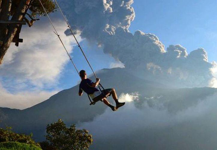 En Ecuador podrás columpiarte y apreciar el paisaje del mirador de Turi. (Foto: Contexto/ Internet)