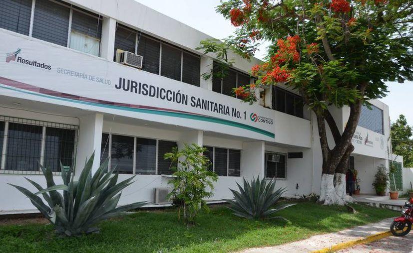 La Jurisdicción Sanitaria Uno informó que buscan supervisar al interior de los establecimientos comerciales. (Gerardo Amaro/SIPSE)