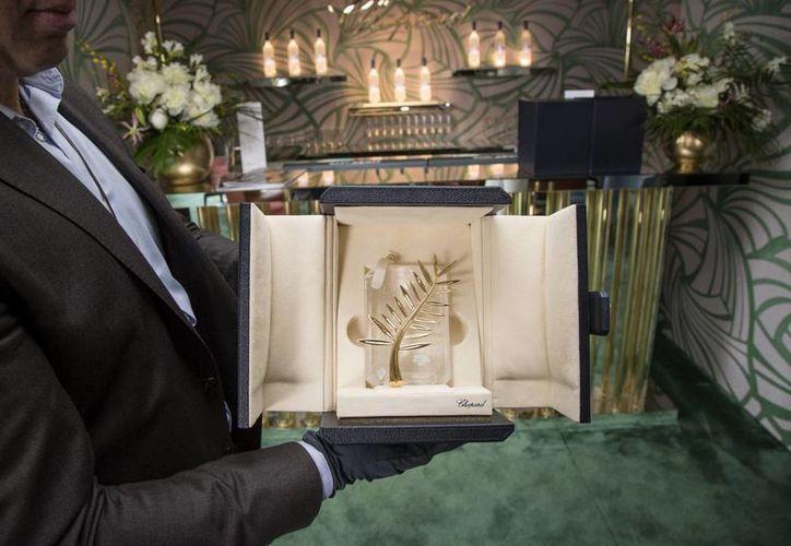 Esta es la Palma de Oro que se entregará en la 68 edición del Festival Internacional de Cine de Cannes. (Foto: AP)