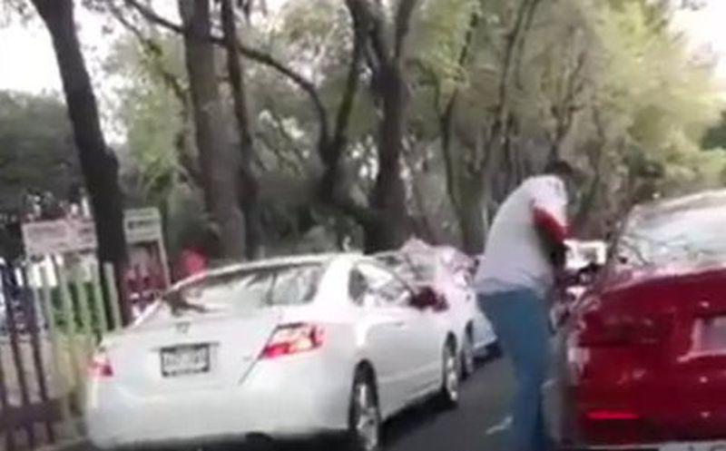 Graban asalto a automovilista en Canal de Miramontes