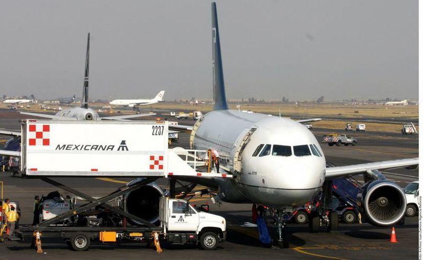 Se argumenta que Mexicana de Aviación y sus filiales tienen un papel relevante en la aviación comercial a nivel nacional e internacional. (Archivo)