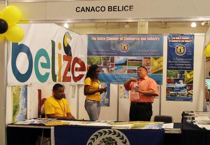 Belice instaló un módulo en la Expoferia Comercio en el Centro de Convenciones Yucatán Siglo XXI. (Milenio Novedades)