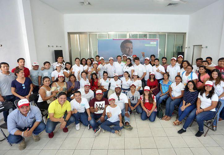 Los jóvenes de diversos sectores agradecieron la oportunidad de ser escuchados. (Redacción/SIPSE)