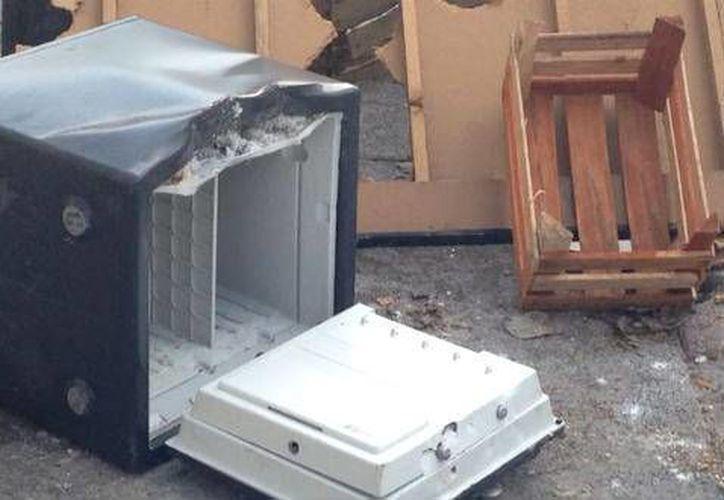 Tres cajas fuertes fueron extraídas de una oficina de arquitectos. (Contexto/Internet)