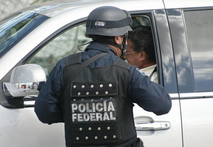 Fueron detenidas dos personas del sexo masculino. (Redacción/ SIPSE)